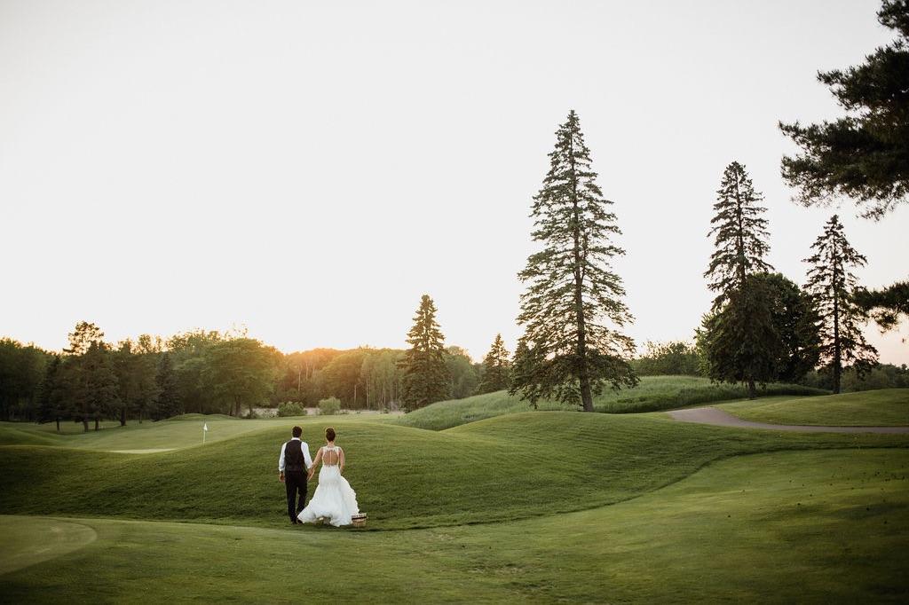 62__golden-hour_photographer_dellwood_wedding_minnesota_green.jpg