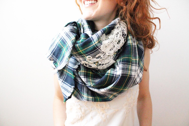 Anna Maria Locke scarf