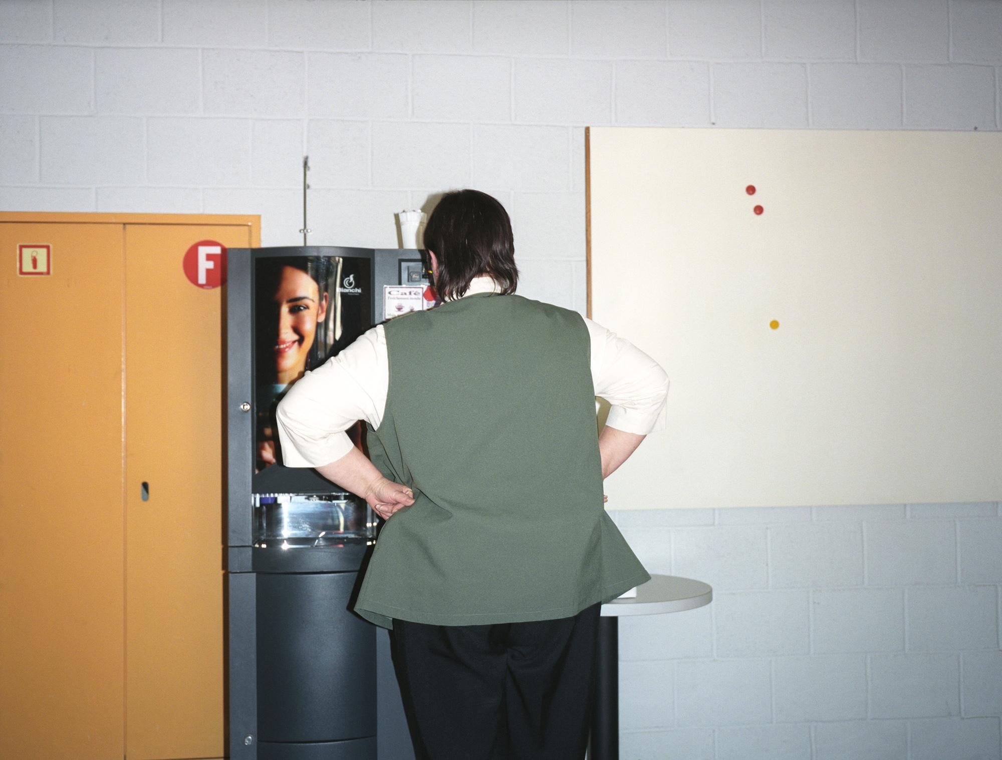 Siège administratif et centre de prestations de l'EVAM. Lausanne, mars 2008.