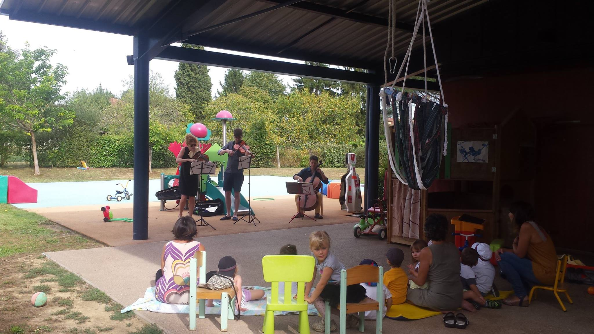 Outreach in Simorre, France (young audiences training)