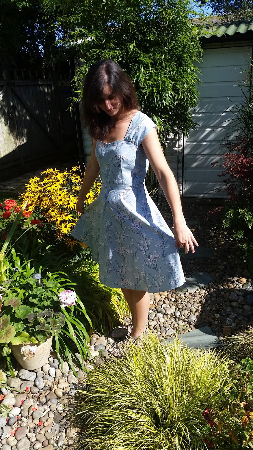 bluedress2.jpg