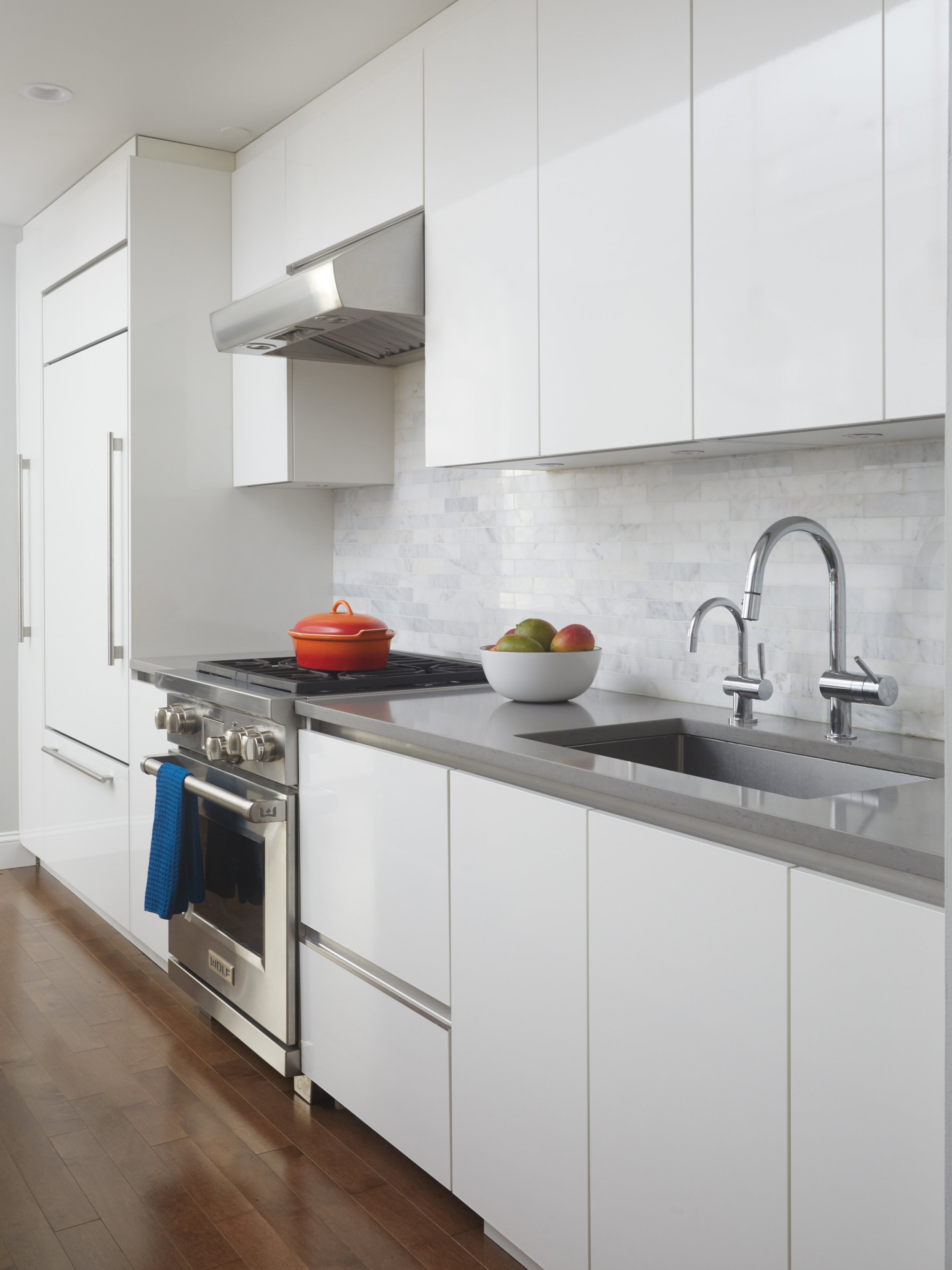 120-loft-apartment-renovation-kitchen