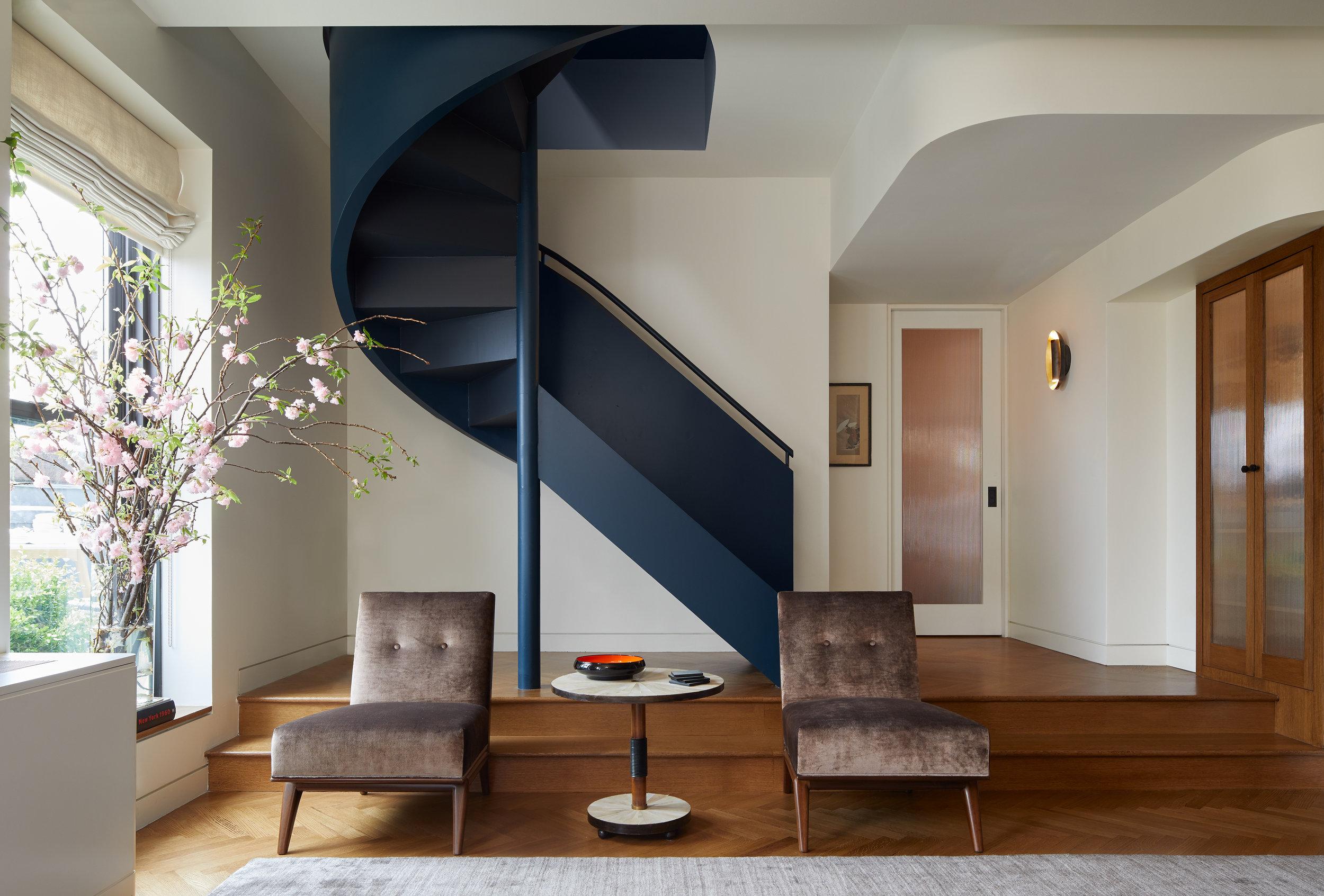140-brooklyn-art-deco-duplex-staircase