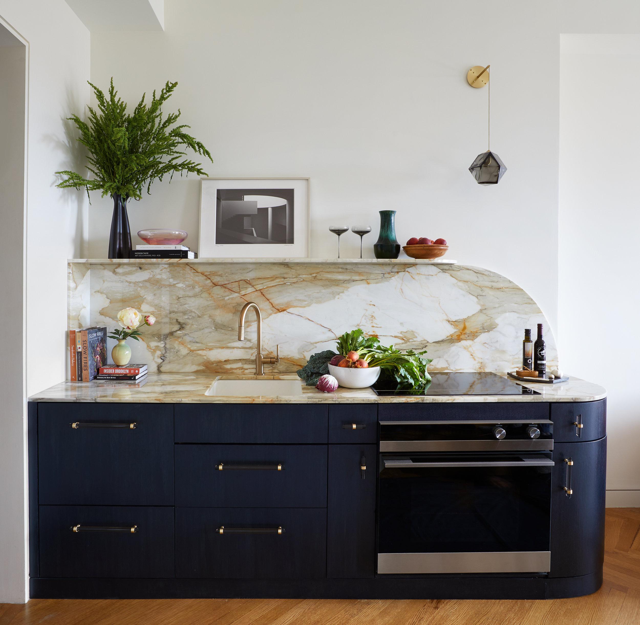 140-brooklyn-art-deco-duplex-kitchenette