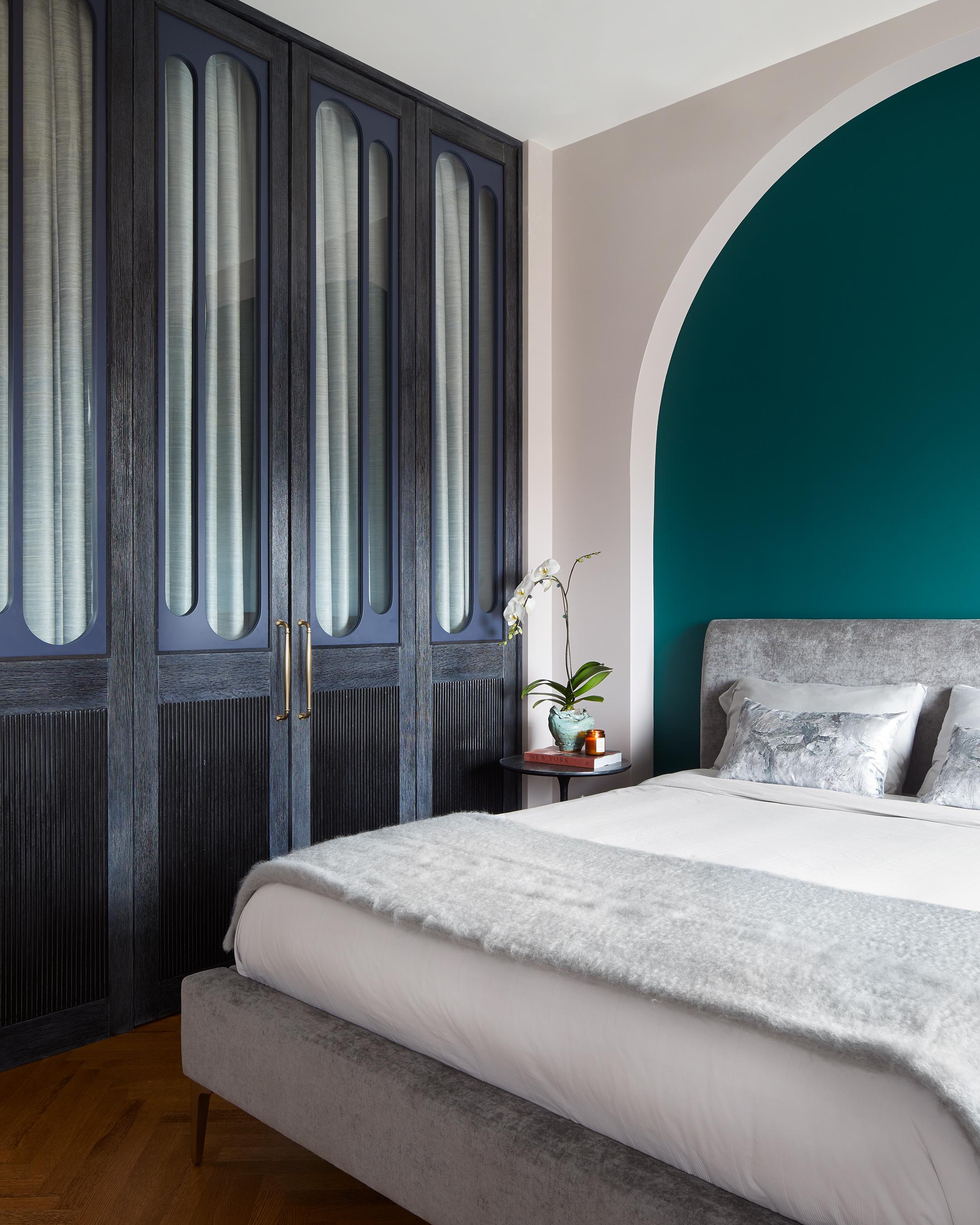 140-brooklyn-art-deco-duplex-master-bedroom