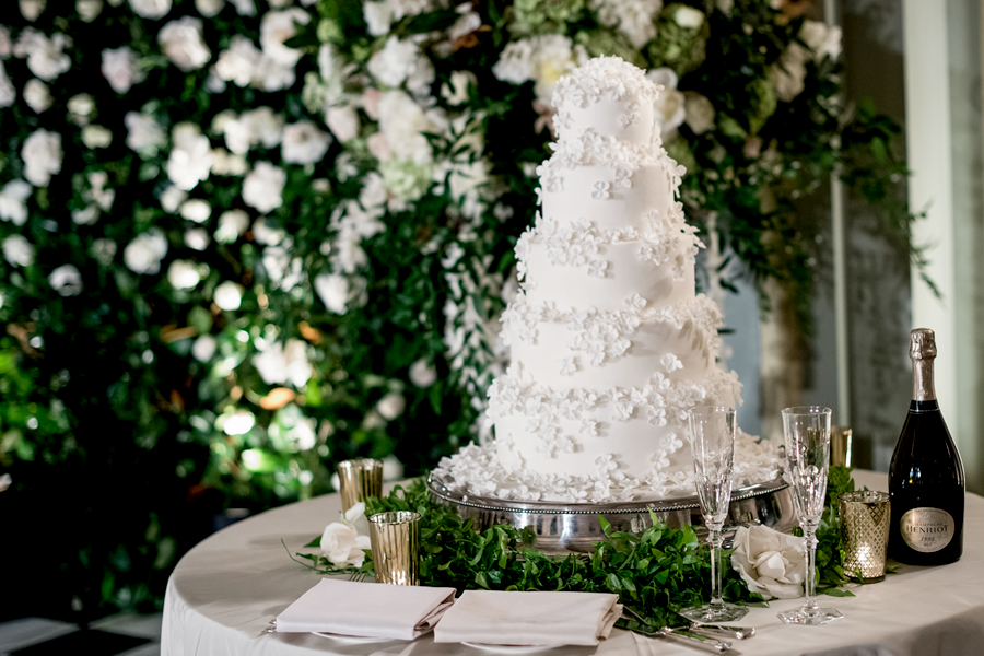pasadena-wedding-planner-Langham-Huntington-cake