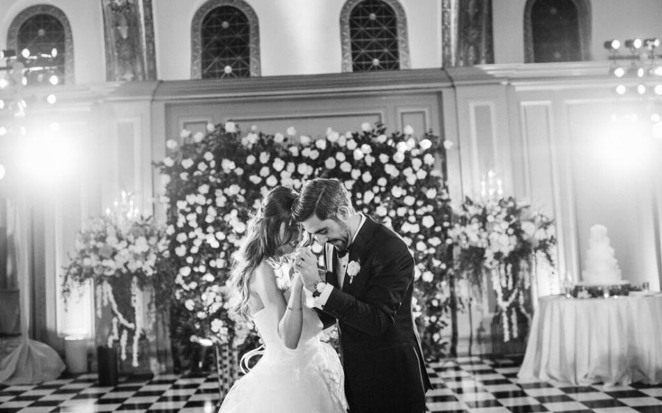 pasadena-wedding-planner-bride-dance