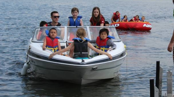 MINI ADVENTURE(Ages 8 to 11)Aug 6 to 9, 2019 ::Cost $225 - We have taken the great things we do at KLC and have jammed packed them into 2 and half days! New friends, great games, amazing food, challenging skills are all part of our Mini Adventure. If you already have a full summer and can't fit in a full week of camp or if you are looking for a great way to try out summer camp at KLC, this Mini Adventure is suited for you. We can't wait to see you there!