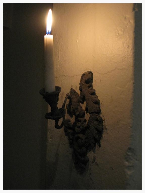hallwaylight.jpg