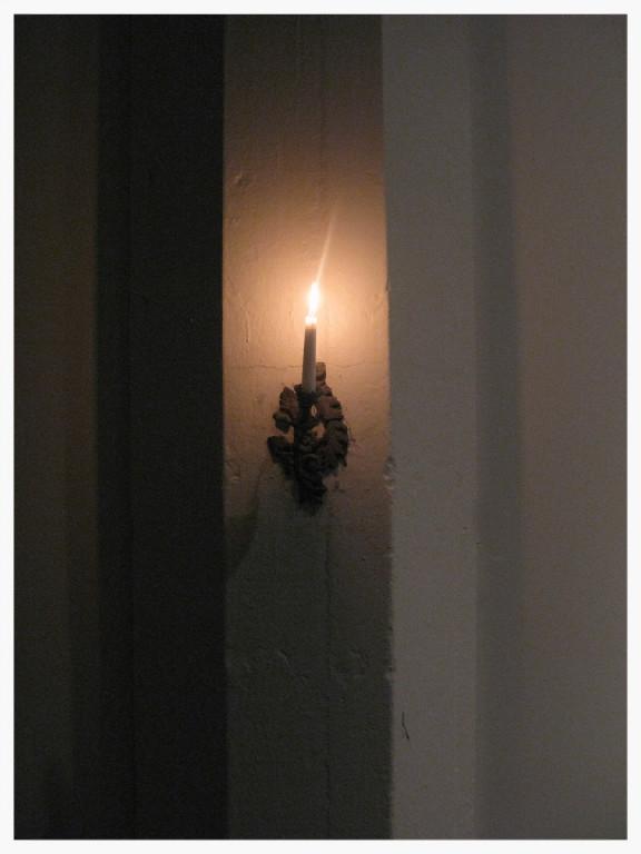 hallway_light.2.jpg