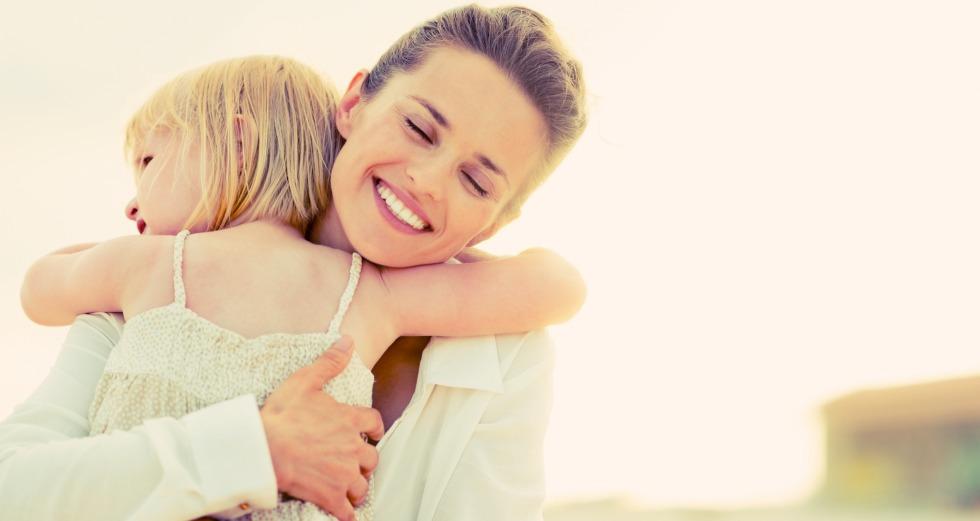 Mother-Daughter-Hugging-980X.jpg