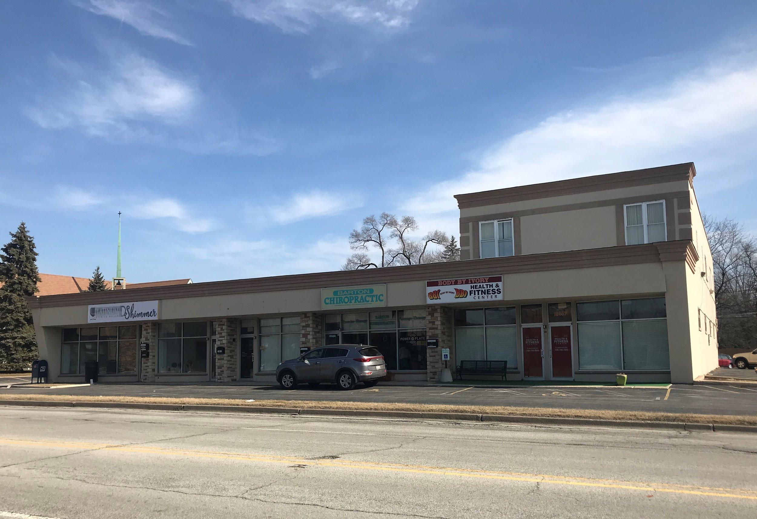Retail/Apartment Building - Location: Homewood, ILPrice: $949,000Comments: 5-retail stores .. 2-apartment units