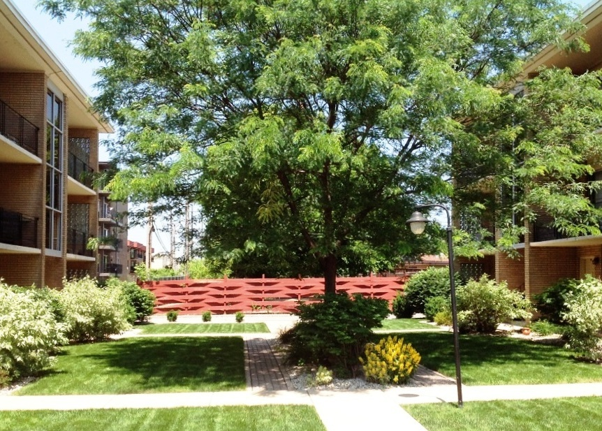 Apartment Building - Location: Oak Lawn, ILPrice: $2,200,000Comments: 24 units