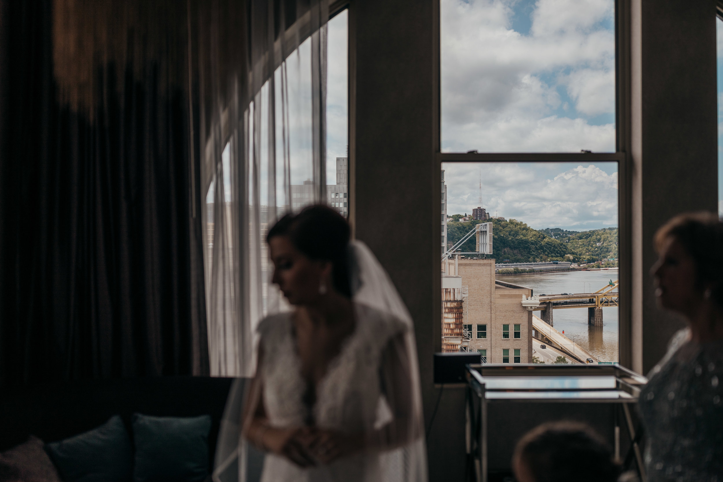 Pittsburgh wedding photographer - Renaissance hotel Pittsburgh wedding-210.jpg