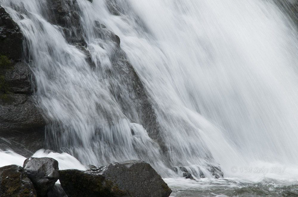 Grotto Falls 1.jpg