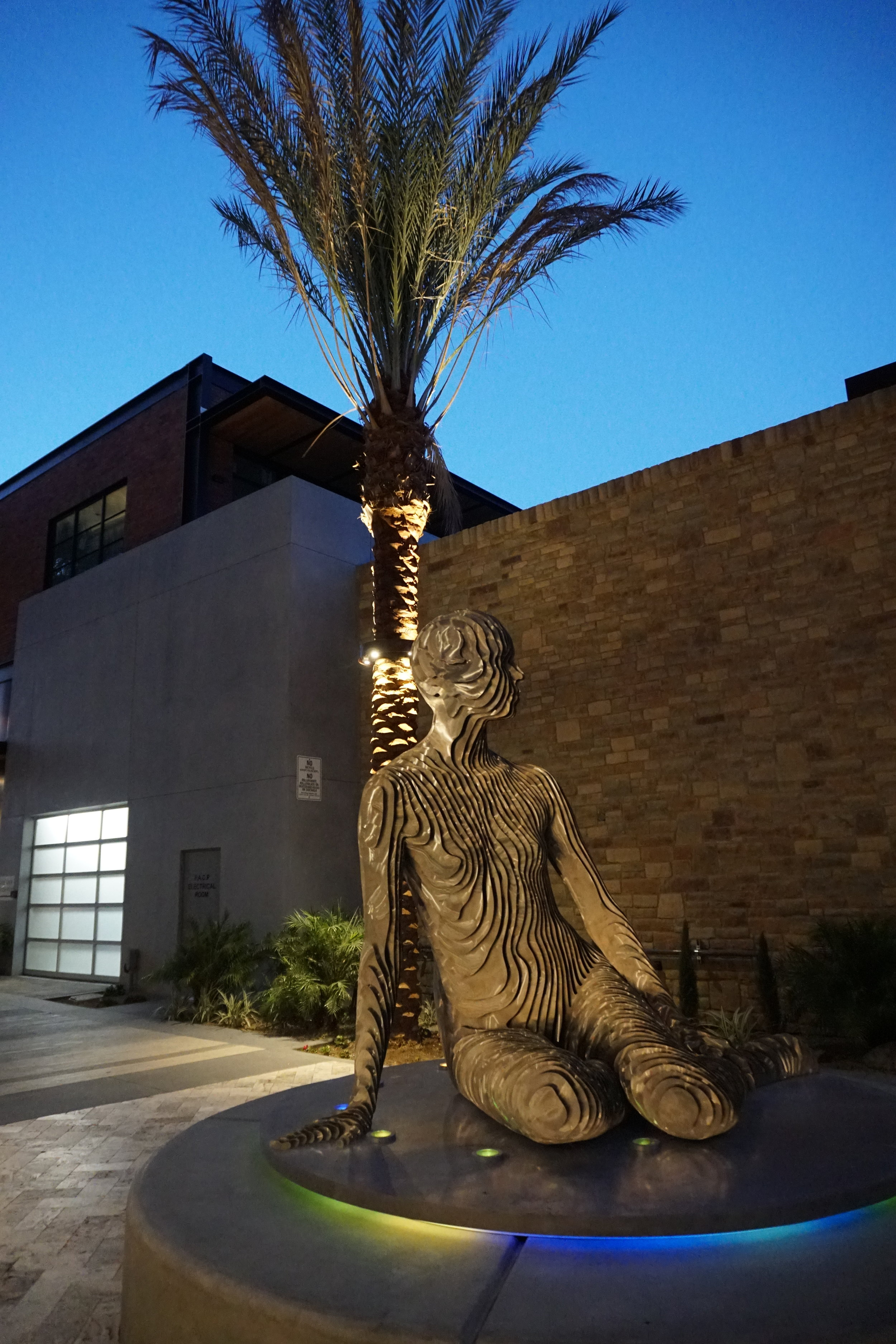 sculpture palm springs