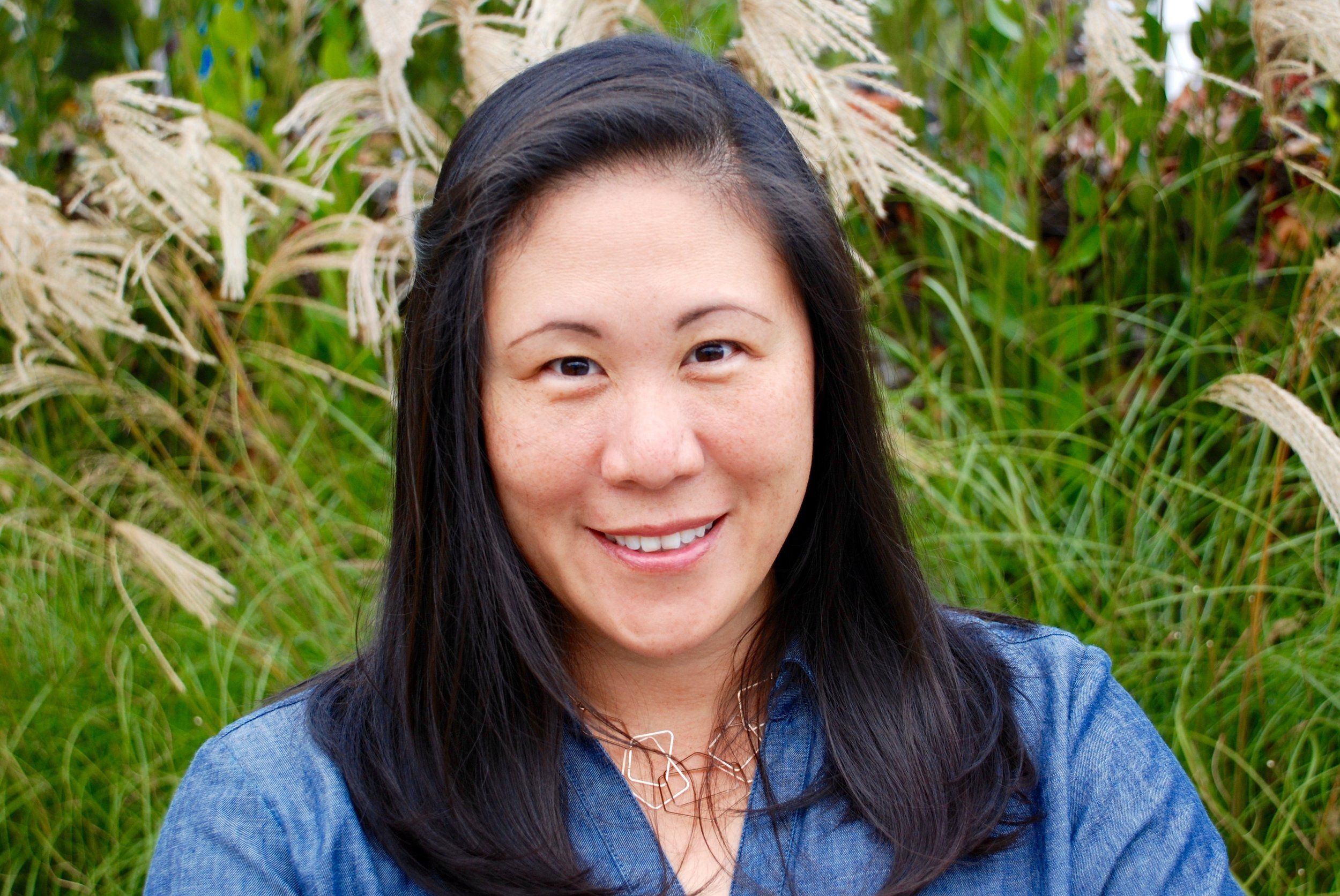Susan Hsia Lew, MS    is a science and health writer and mother of two.  Her work as been published in Brown Medicine Magazine and the Journal of Risk Research, as well as private publications and websites of large academic hospitals, medical companies, and non-profit organization across the country.  Susan has an undergraduate Biology degree from Brown University and a Master's Degree from Harvard School of Public Health, where she specialized in social determinants of health, behavior change, and health communication.     A lifelong musician, Susan is currently a signer with pacific chorale and serves on the Board of Directors for Pacific Symphony Youth Ensembles.