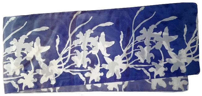 11. Lilies midnight blue