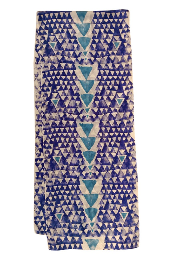 17. Triangles blue