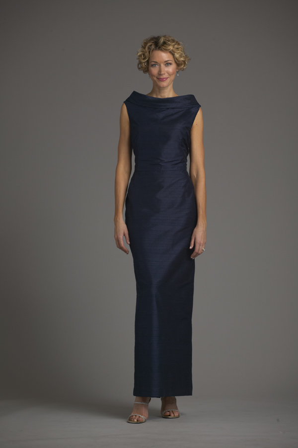 5750_Metropolitan_Gown_Fr-600x900.jpg