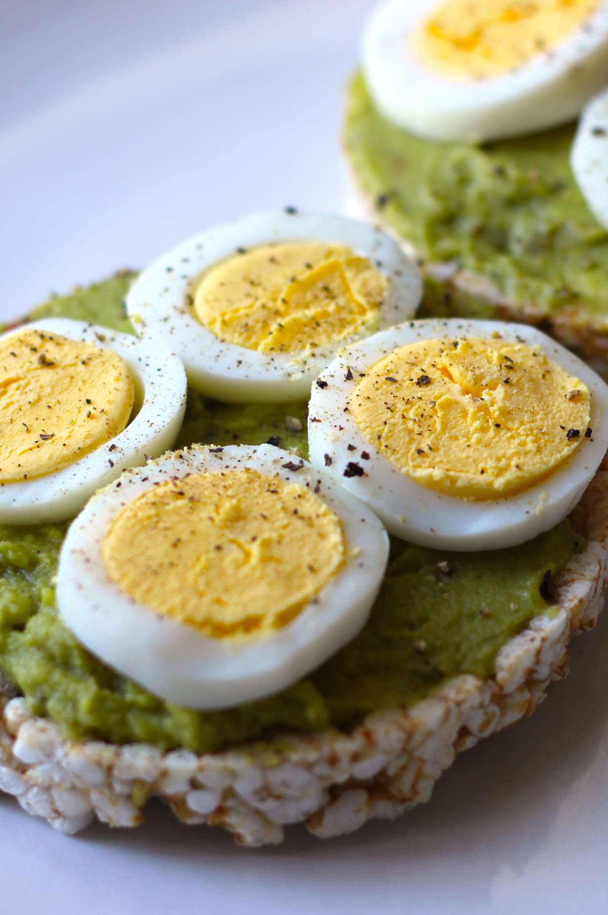 Rice-Cake-with-Avocado---Egg.png