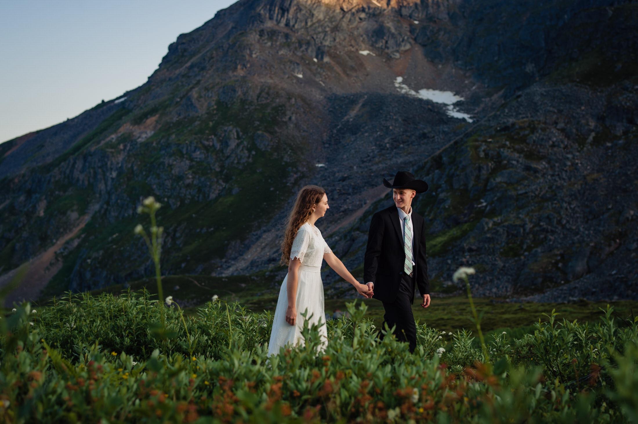 Hatcher pass wedding portrait photographer