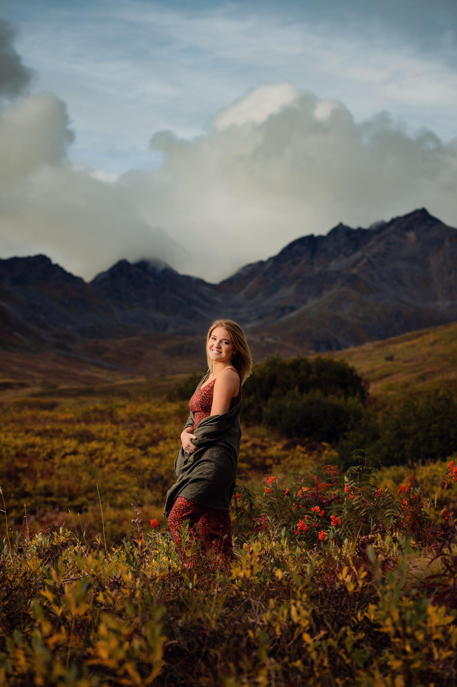 Anchorage senior portraits in hatcher pass
