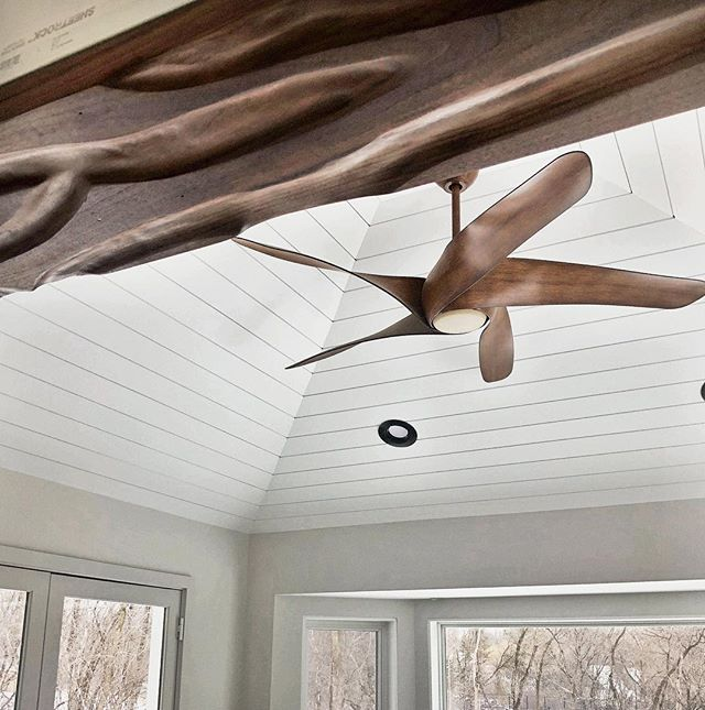 Not a jamb style you see everyday 🤘 #integrity_construction_inc #contractor #builder #remodeler #renovator #shiplap #walnut #custommillwork #finishcarpentry #keepcraftalive #minnesota #orono