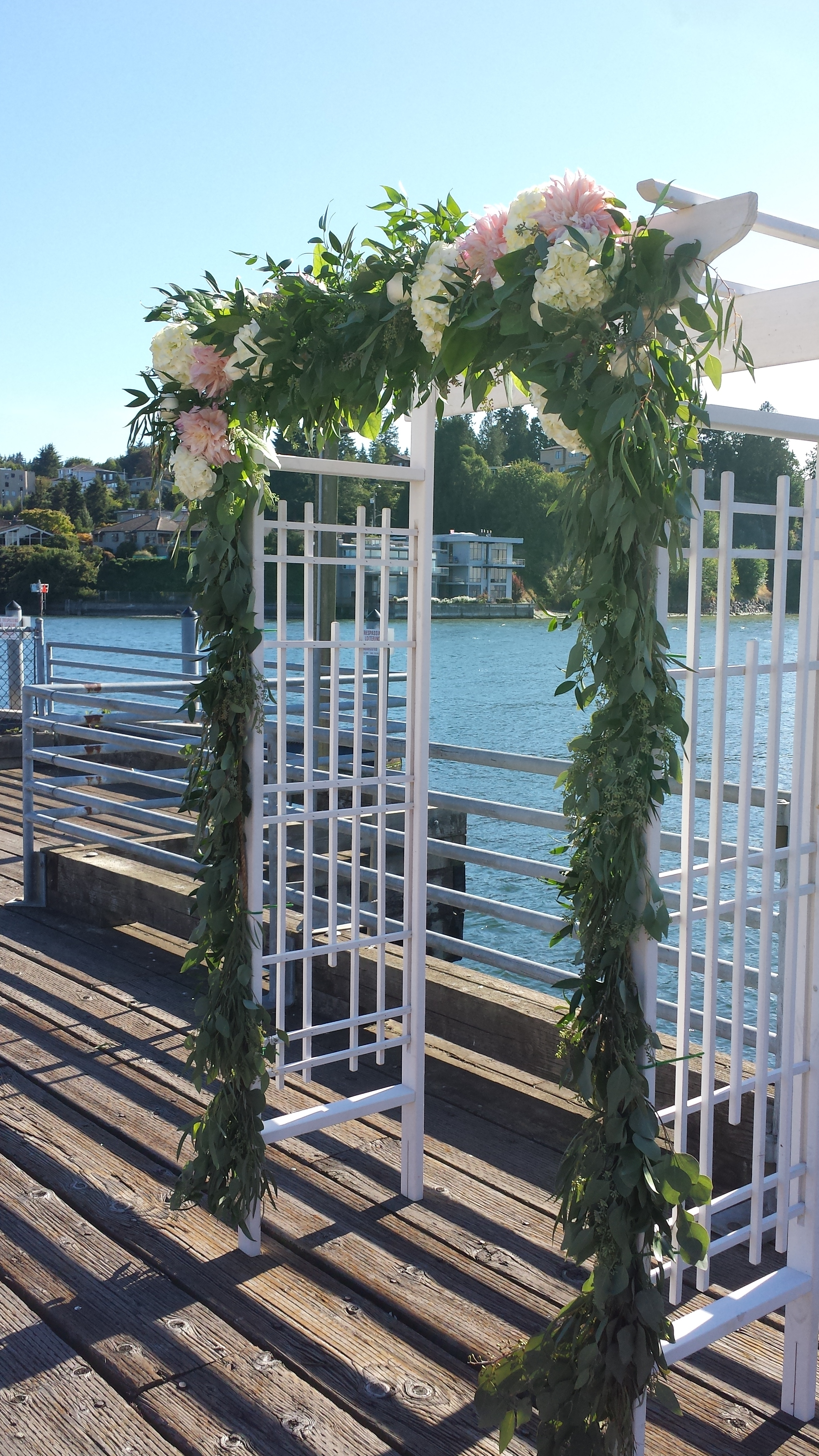 Sublime Stems | Ray's Boathouse