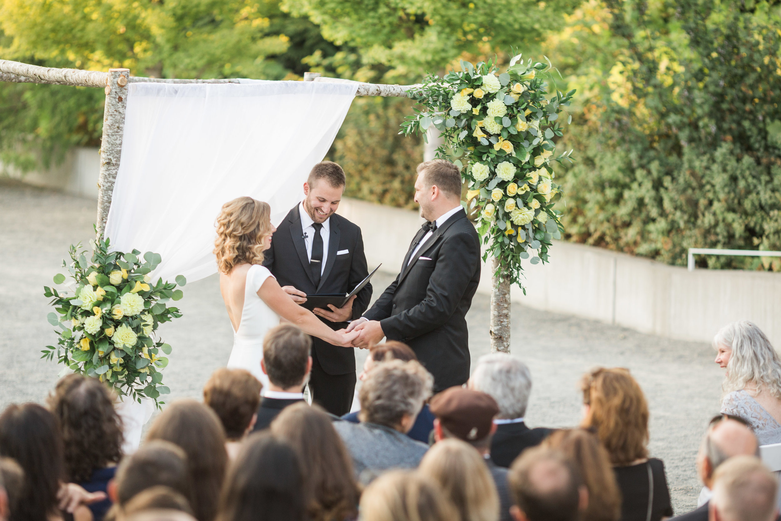 seattle-wedding-northwest-ceremony-chuppah-modern-yellow-floral-greenery