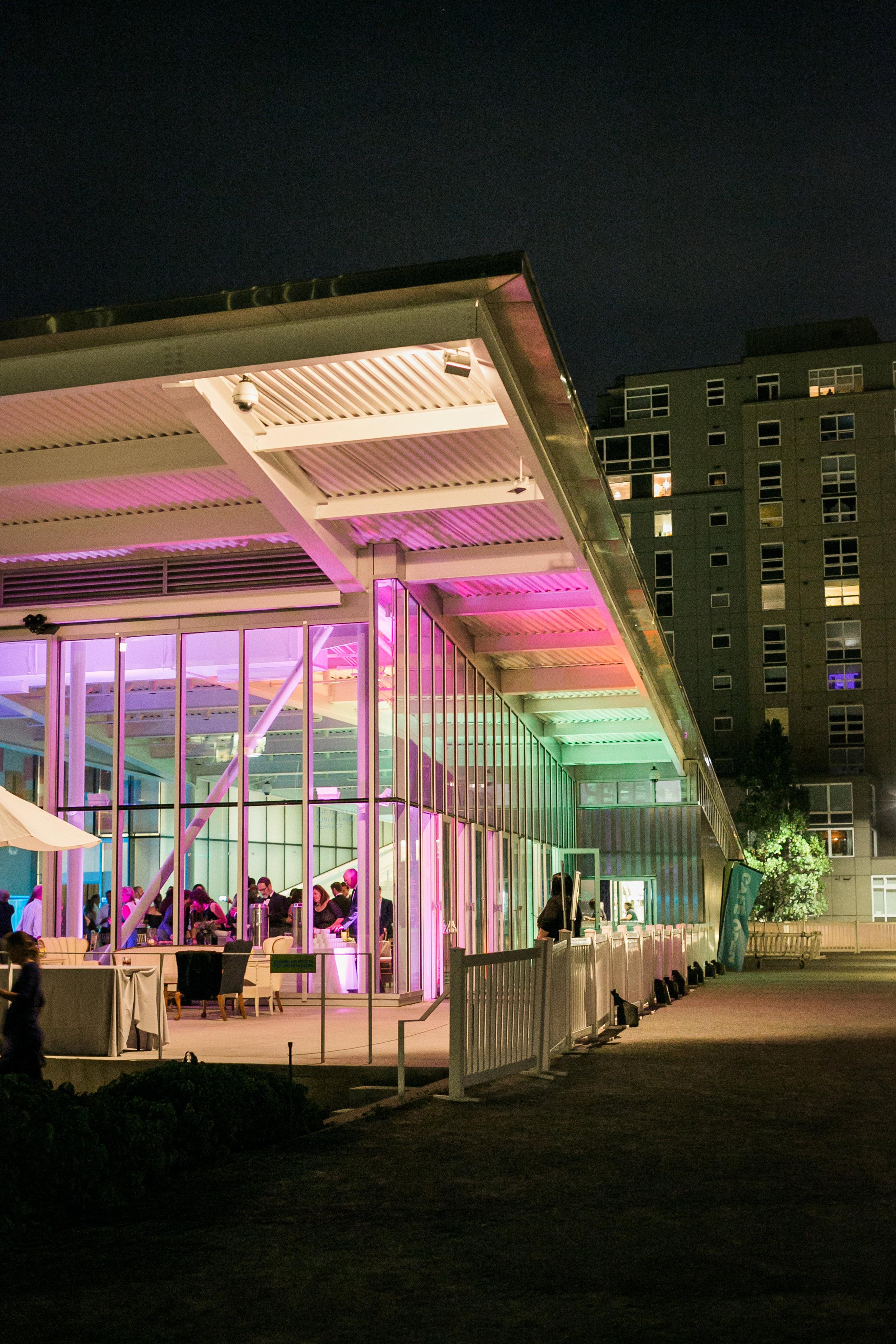 seattle-wedding-reception-olympic sculpture park-party-northwest-modern