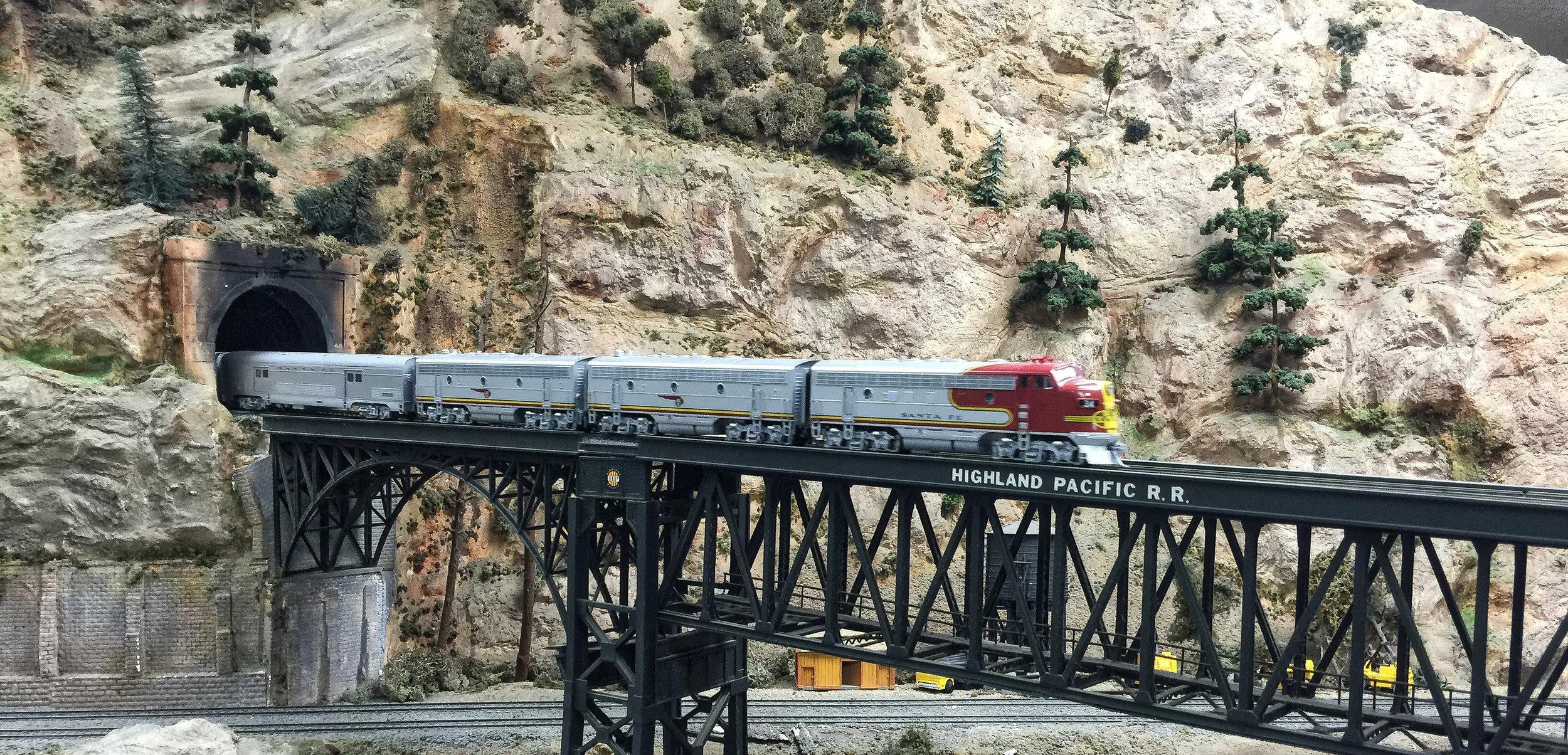 El Capitan on Boggs High Bridge. Arie Korporaal, Modeler