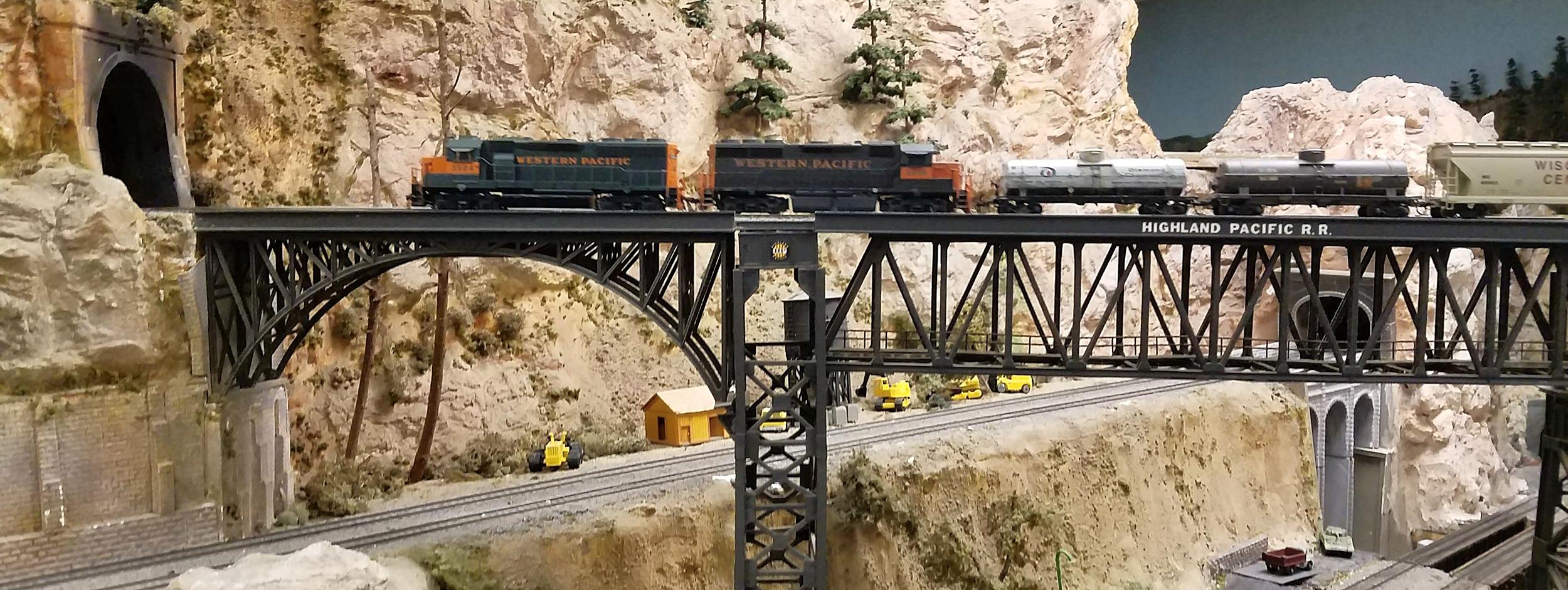 David Dodds, modeler, Highland Pacific Railroad