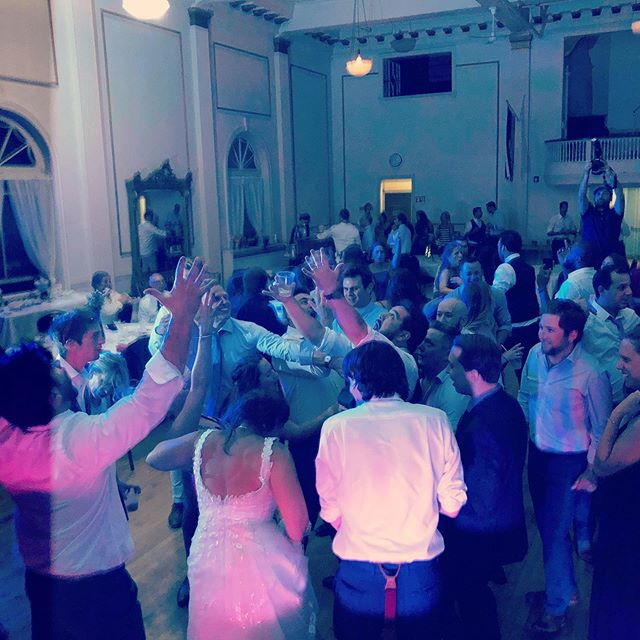 I love it when the bride and groom love to dance and rock the dance floor all night! Congrats Tyler and Niki!