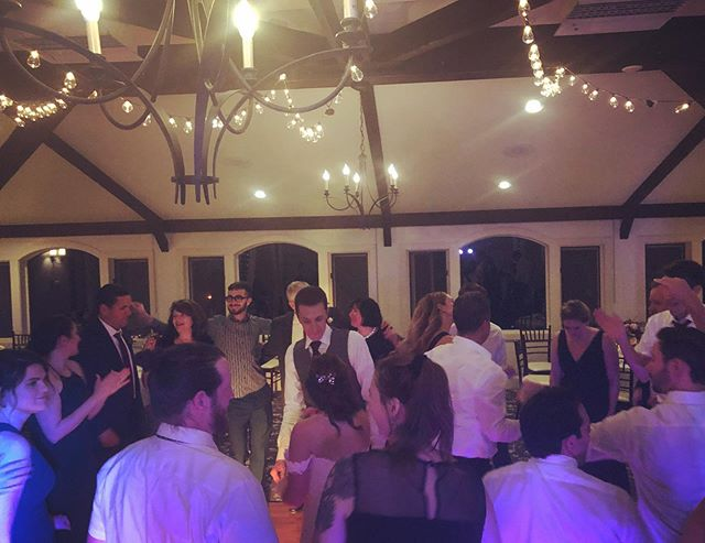 Castle in the Clouds is a great little venue! Congratulations to Chris and Liz. Total pleasure to work with you!