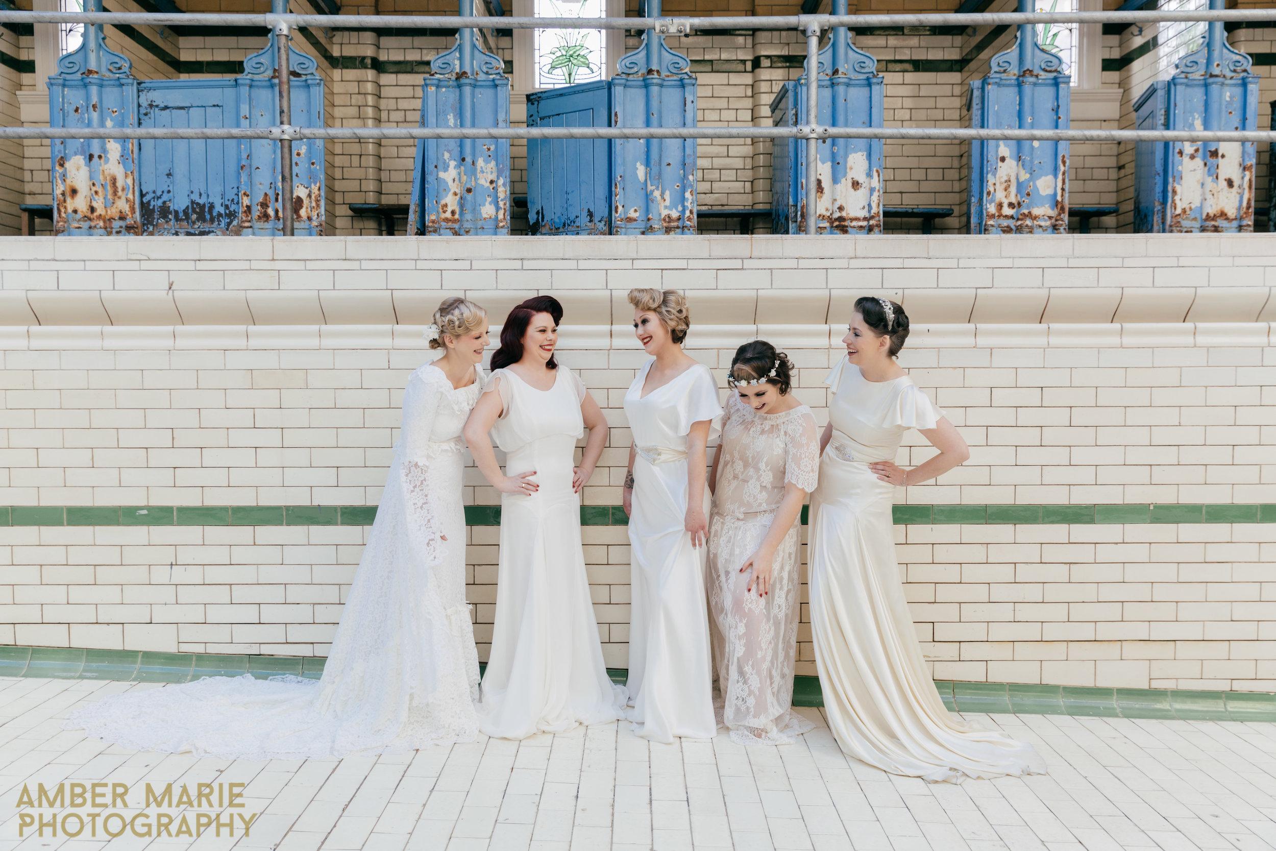 Manchester-Baths-Creative-Wedding-Photographers-Amber-Marie-Photography00120.jpg