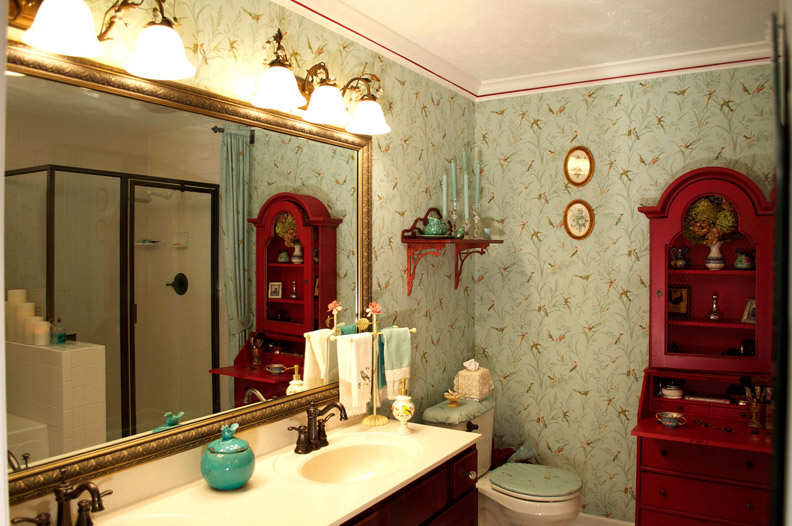 SENSATIONAL-SURROUNDINGS-BATHROOM.jpg