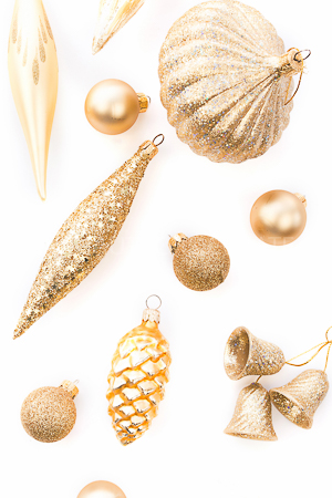 haute-chocolate-styled-holiday-stock-photos-mockups-3.jpg