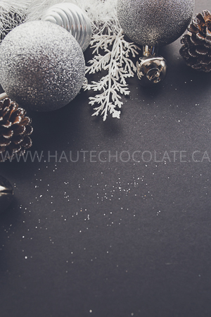haute-chocolate-styled-holiday-stock-photos-mockups-28.jpg