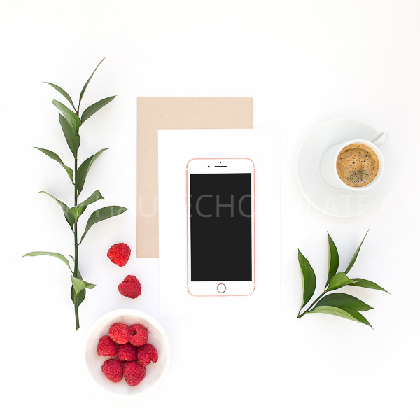 stock-photo-mockup-ipad-frame-mug-simple-modern-haute-chocolate-styled-stock-photography-16.jpg
