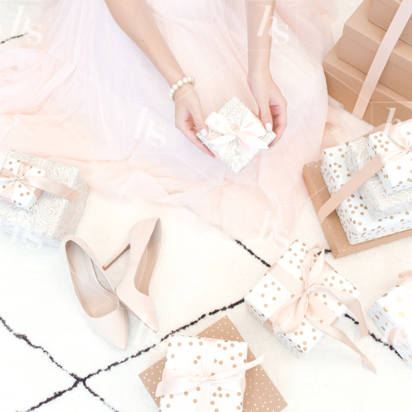haute-stock-photography-pink-holiday-lifestyle-collection-68-final.jpg