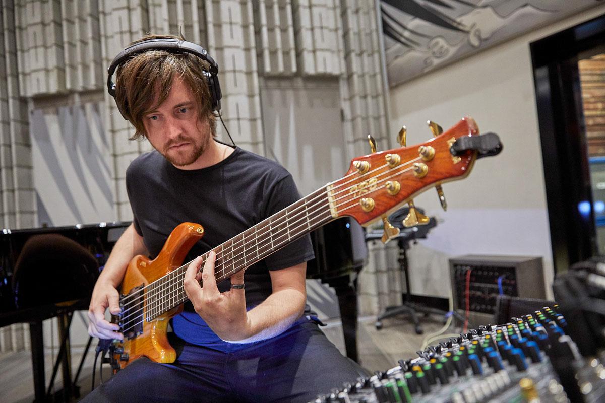 Dane Alderson at Sphere