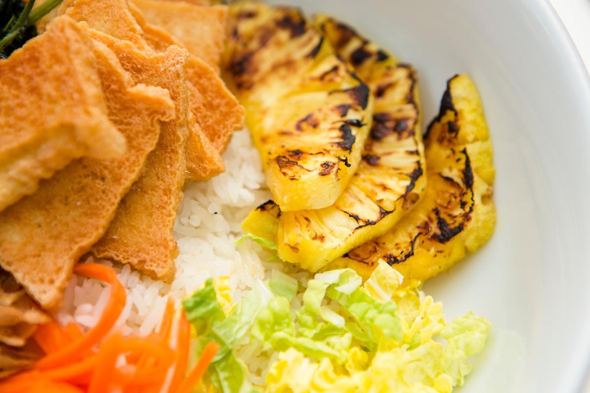 Vegan Pineapple Curry Bowl