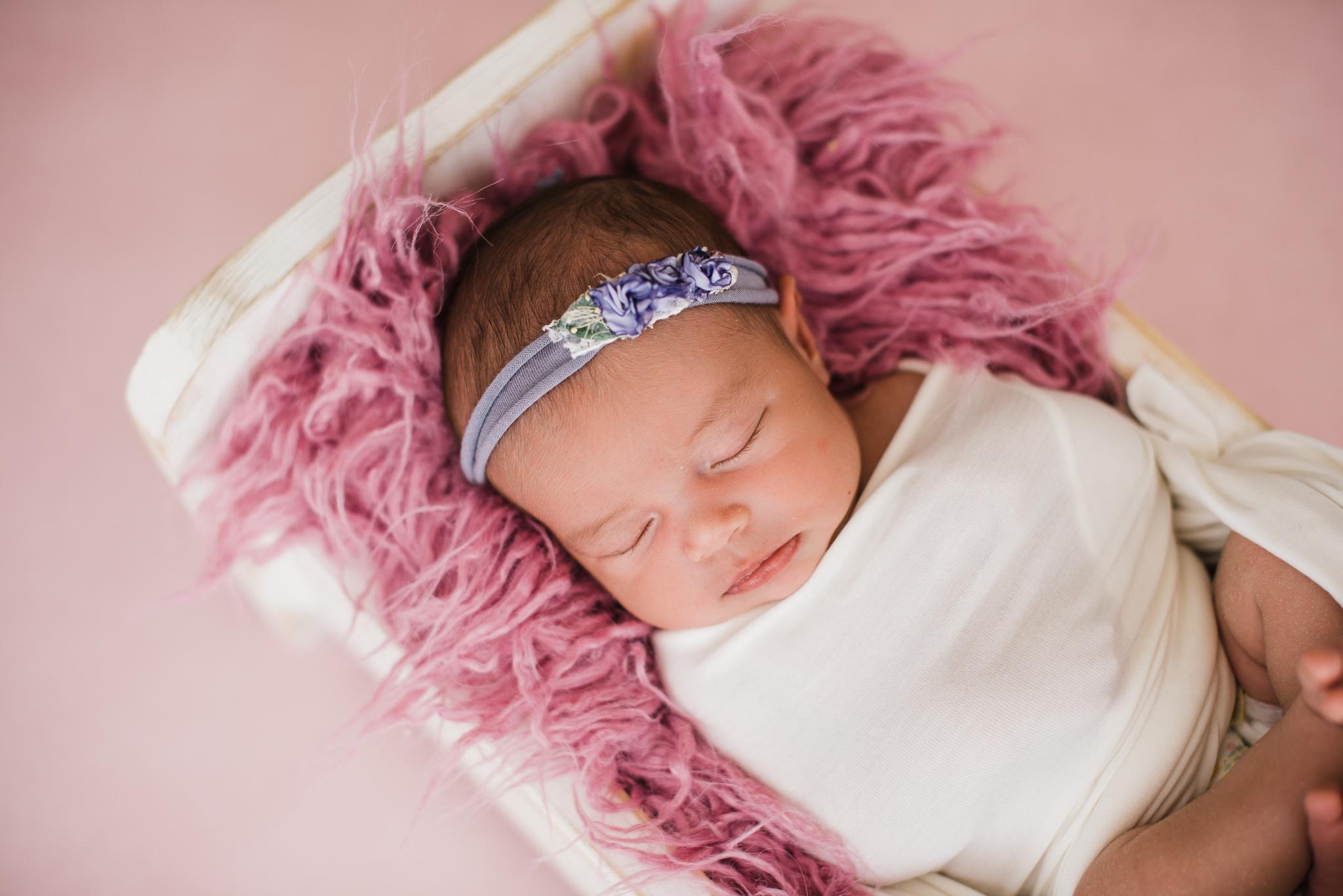 Albuquerque newborn photographer-4.jpg