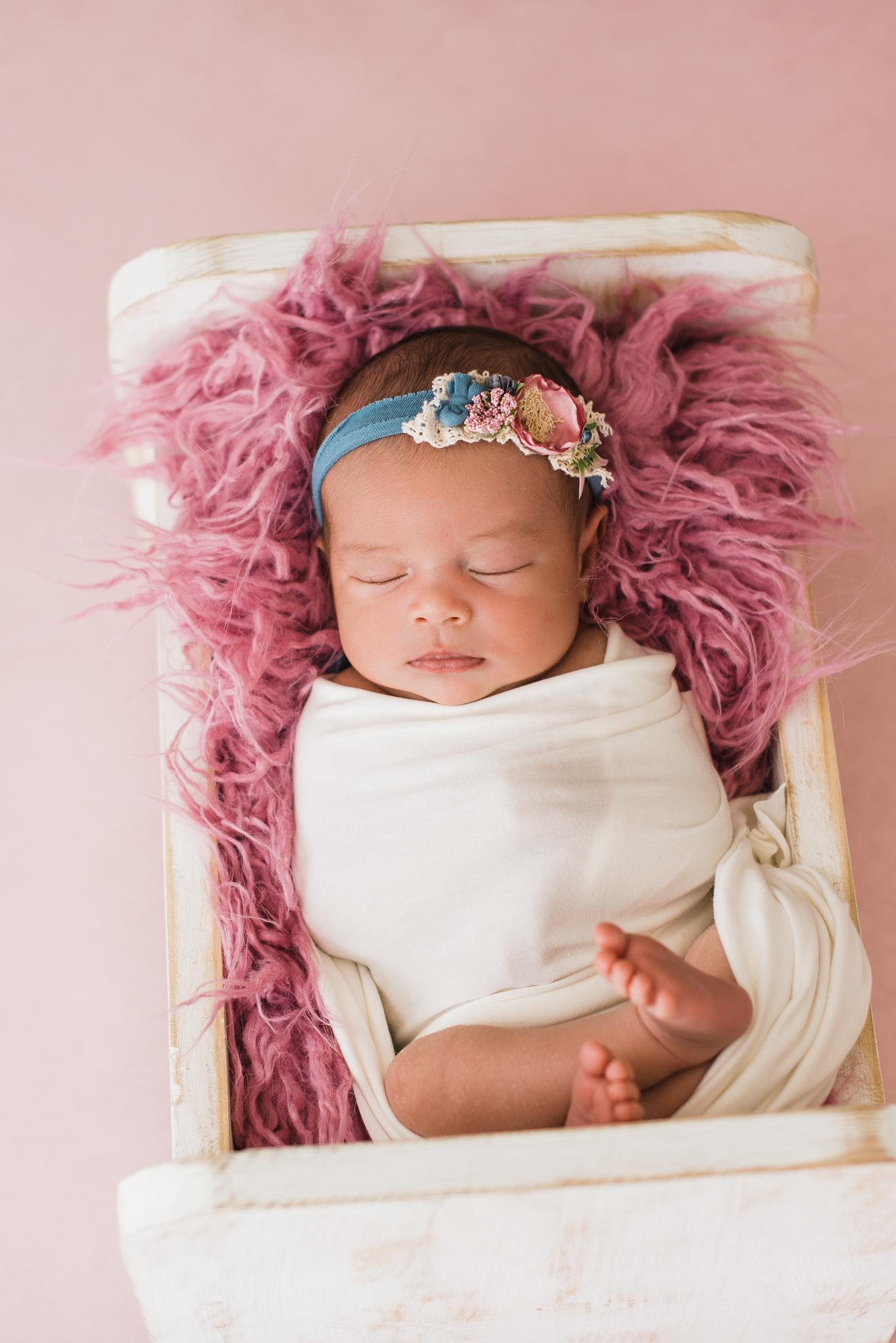 Albuquerque newborn photographer-3.jpg