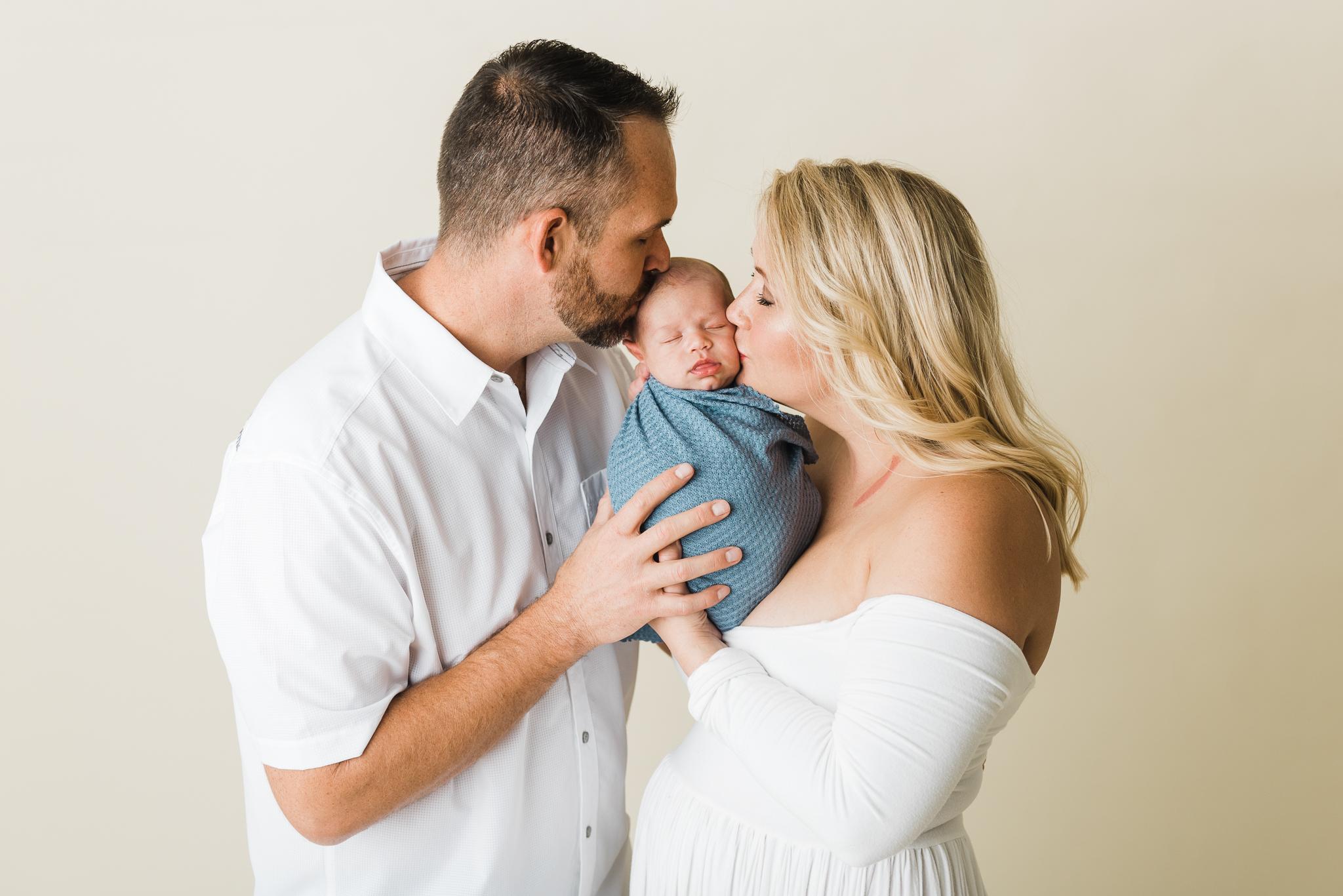 Albuquerque newborn photographer-1.jpg