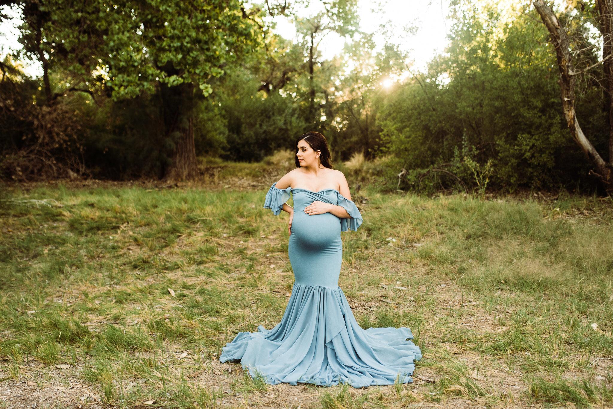 Albuquerque maternity photographer-17.jpg
