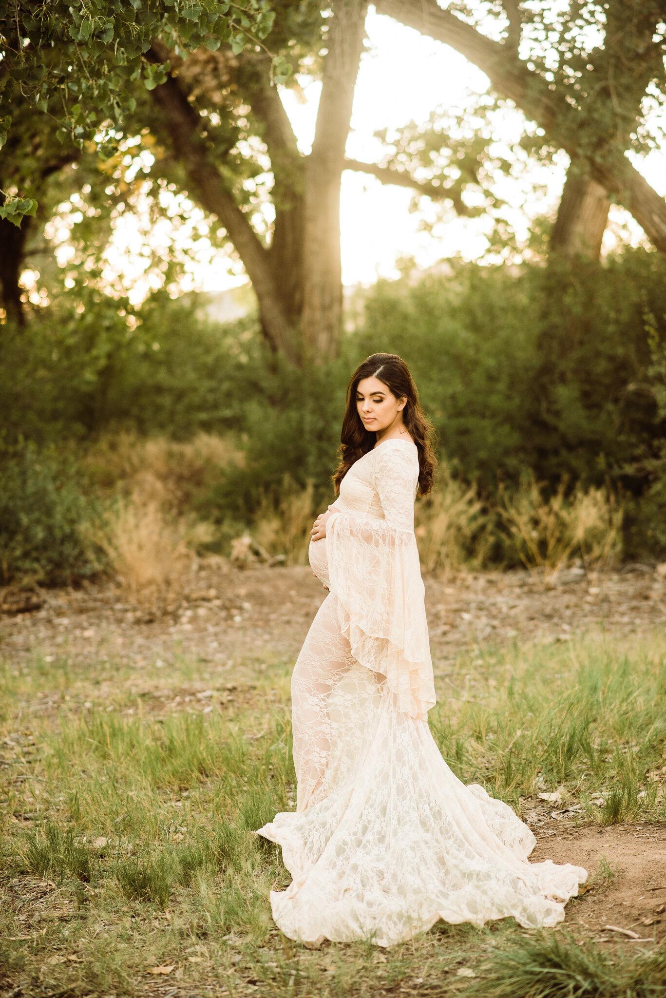 Albuquerque maternity photographer-30.jpg