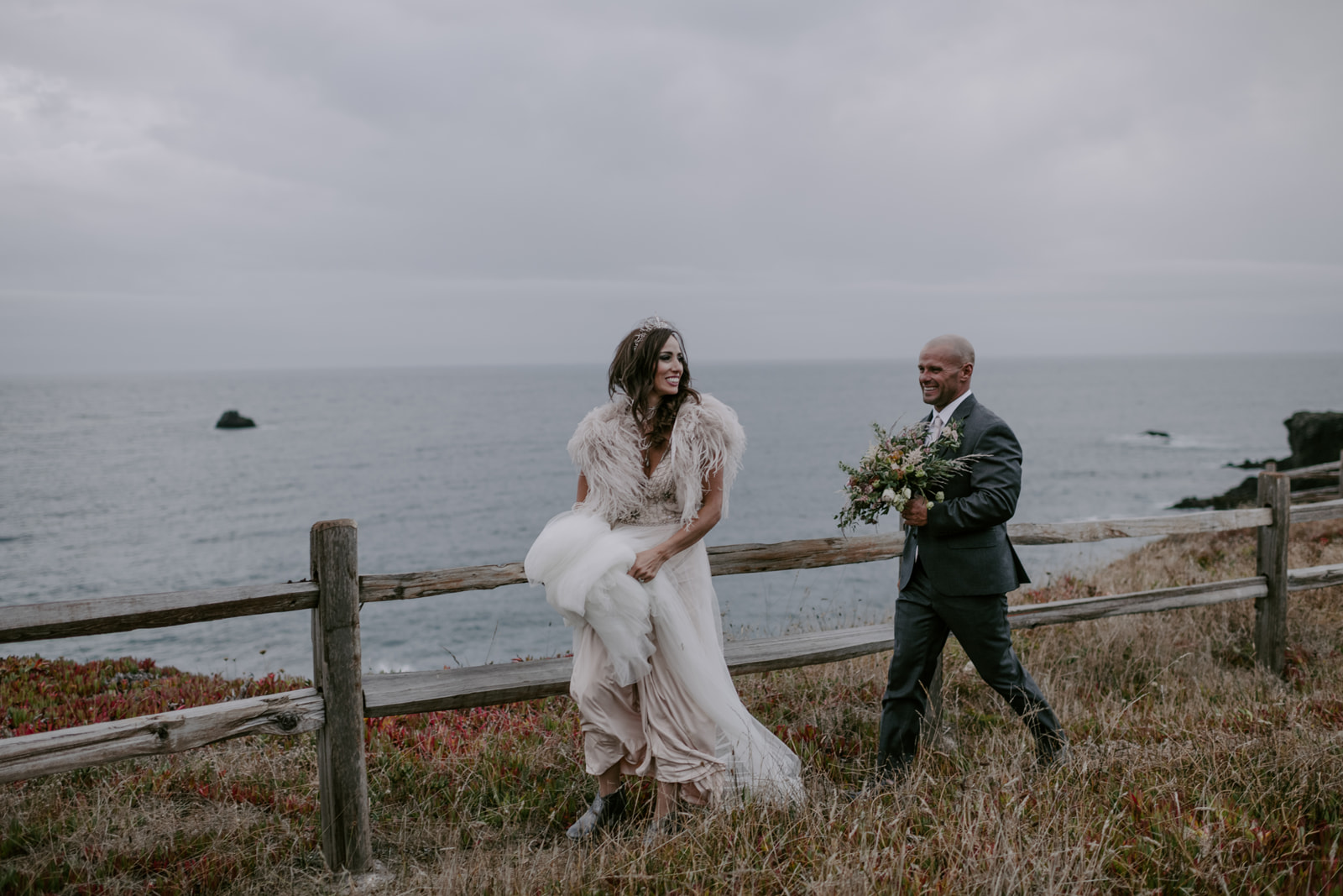 Earthy fine art wedding flowers in Northern California by Venn Floral photographed by Kristen Marie Parker.