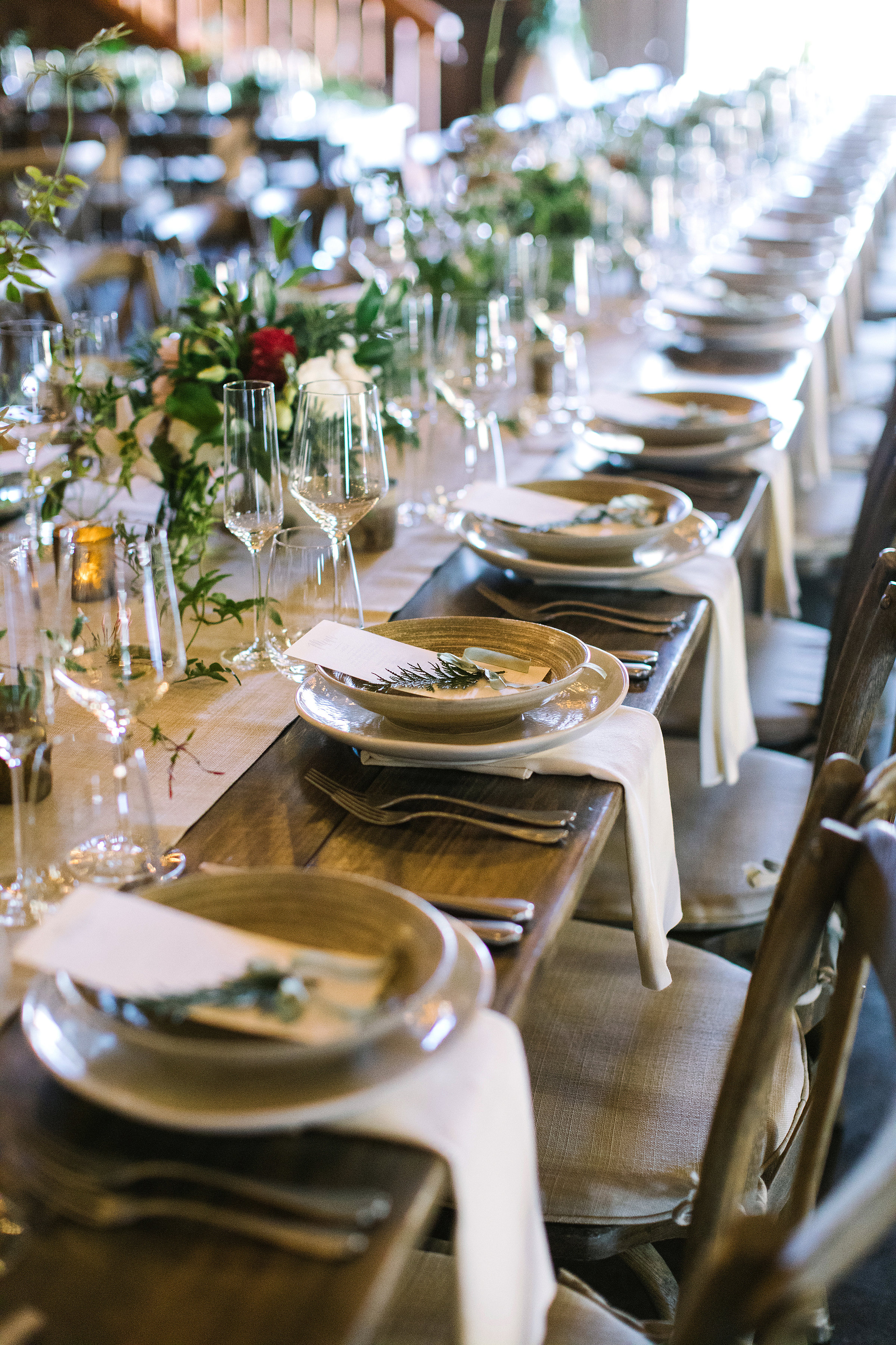 Fine art floral designs for a romantic tablescape at Olympia's Valley Estate by Venn Floral photographed by The Edges.